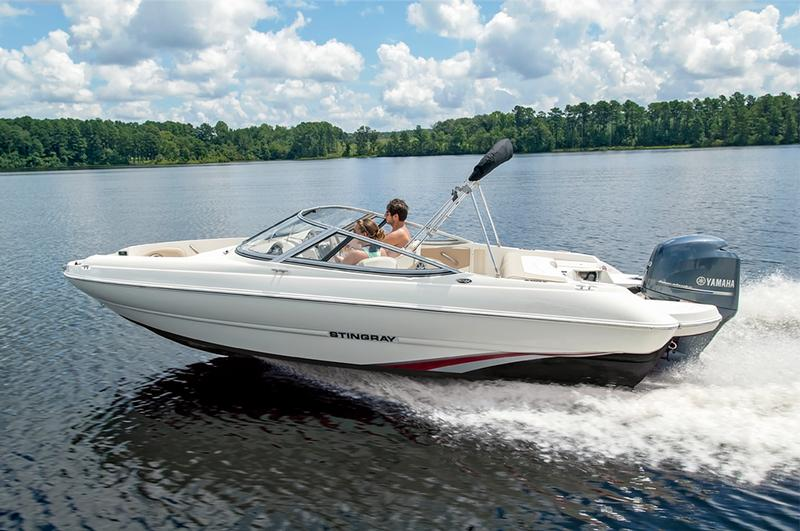 Stingray Boats 204LR Sport Deck