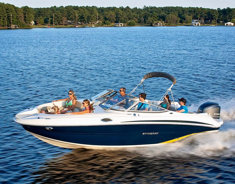 Stingray Boats 234LR Sport Deck