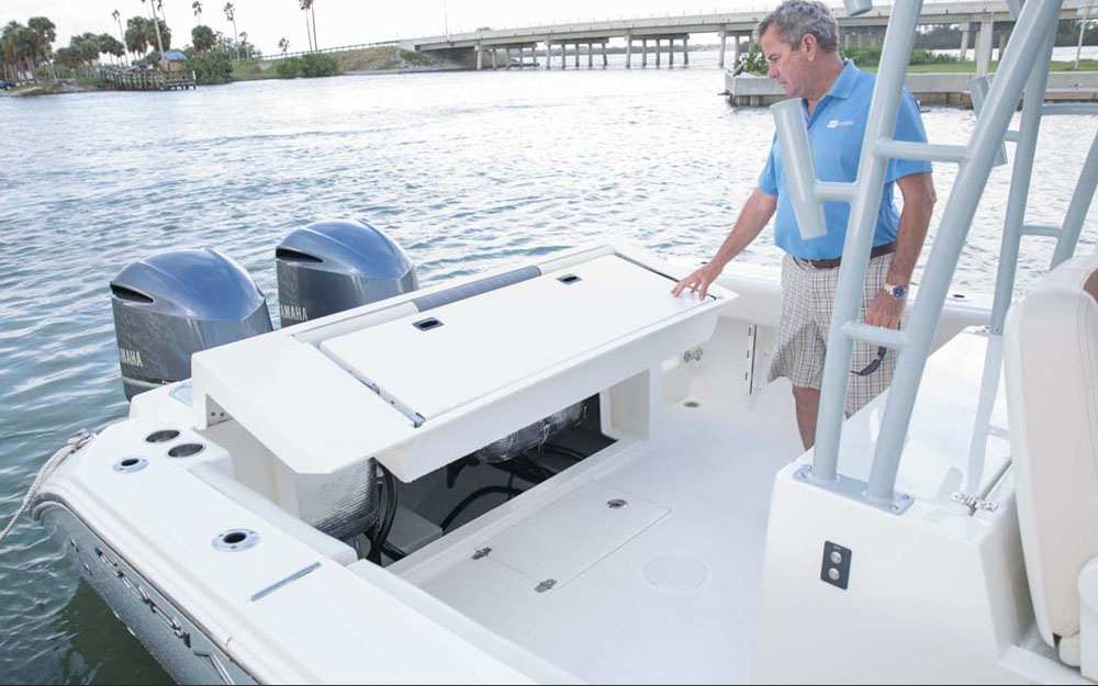 2019 Cobia 320 CC Folding Aft Seating