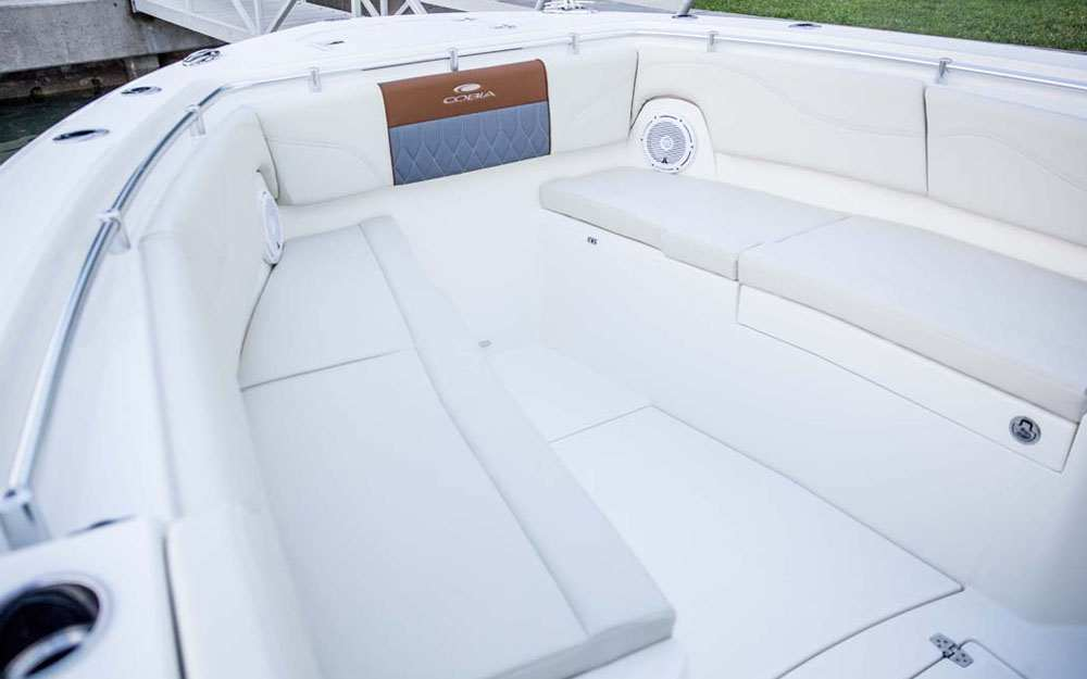 19 Cobia 320 CC Bow Seating