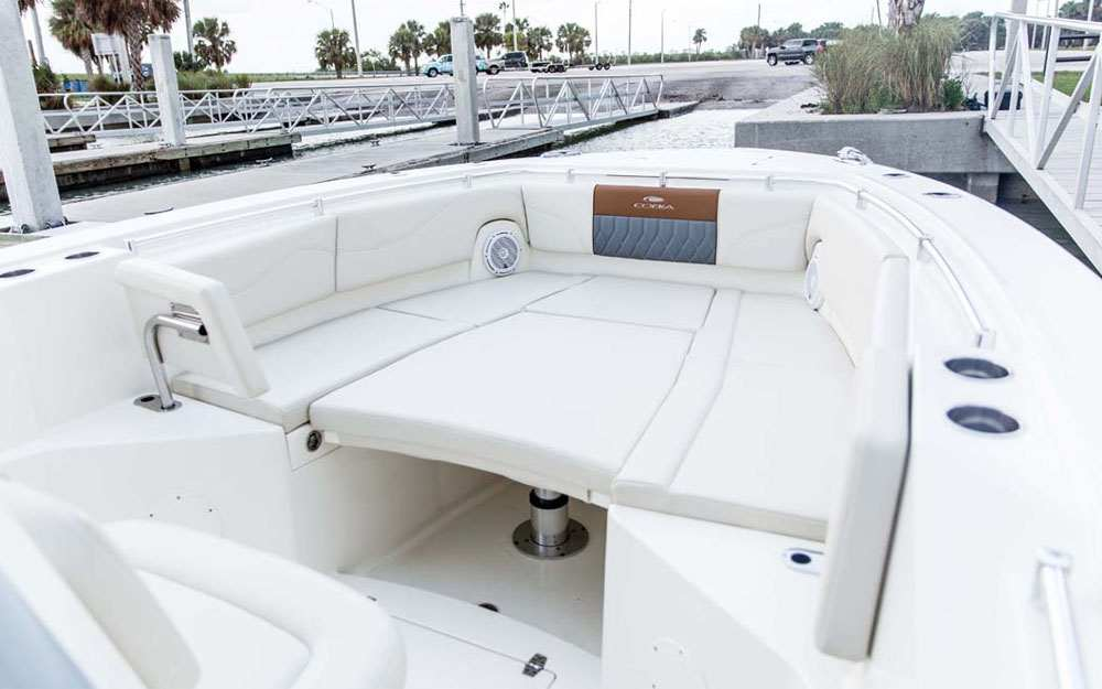 19+ Cobia 320 CC Bow Lounge Seating