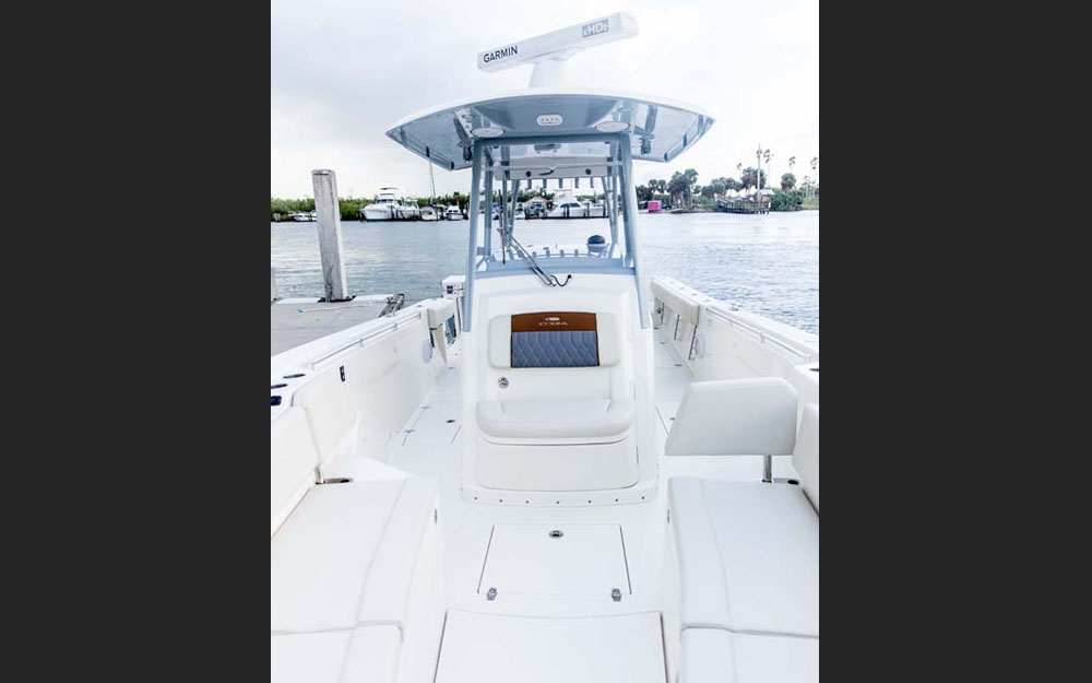 19 Cobia 320CC Center Console