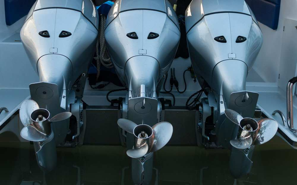 Triple Outboard Motors