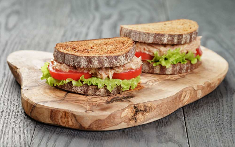 Fresh Tuna Salad Sandwiches